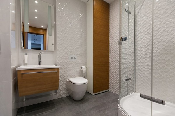 17-minimalist-style-bathroom-white-3d-square-walls-wooden-wash-basin-cabinet