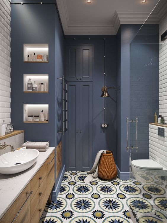 2-bathroom-interior-design-moldings-classical-style-blue-color-brick-tiles