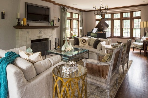 2-interior-for-phlegmatic-classical-beige-living-room