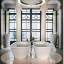2-laufen-bathroom-showroom-madrid-spain-designer-bath-bathtub-Patricia-Urquiola