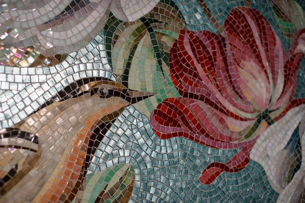 23-vintage-style-beige-and-turquoise-turkish-bath-hammam-sauna-interior-bird-theme-decor-pattern-mosaic-wall-picture