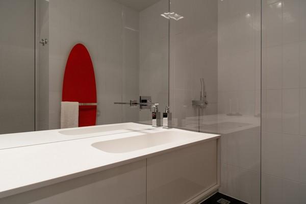 25-white-bathroom-wall-tiles-glossy-wash-basin-cabinet-falper