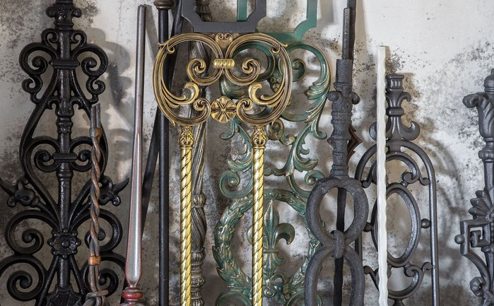 2_cr-forged-stair-railings-staircase-forged-stair-railings-staircase-baroque-style