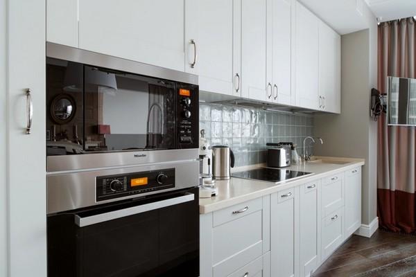 3-English-interior-style-white-kitchen-furniture-set (2)