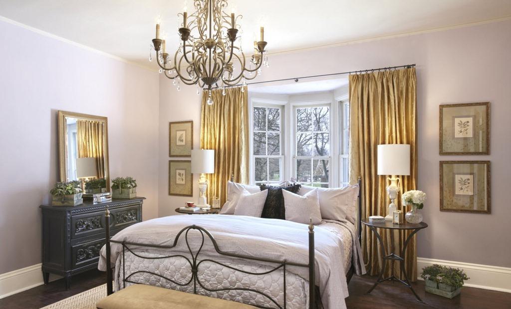 3-interior-for-elderly-bedside-tables-lamps
