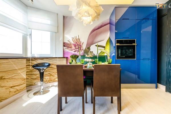 4-2-flexible-sandstone-in-interior-design-kitchen-bay-window-blue-kictchen-furniture-set