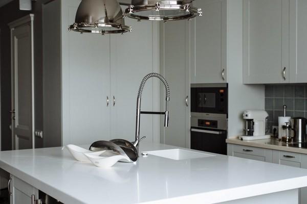 4-English-interior-style-white-kitchen-island-furniture-set (2)