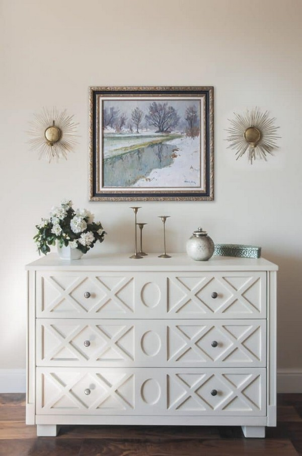 5-3-pastel-lilac-and-beige-interior-design-chest-of-drawers-painting-on-the-wall-traditional-neo-classical-style
