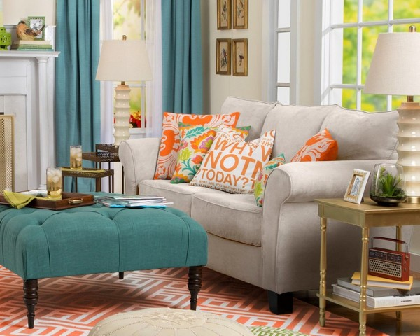 6-decorative-couch-pillows-in-living-room-interior-design-eclectic