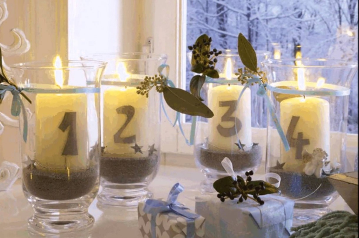 7-2-christmas-window-decorations-candles_cr