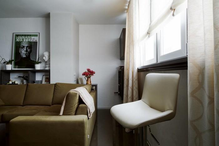 7-loft-style-beige-espressi-sofa-bar-window-sill