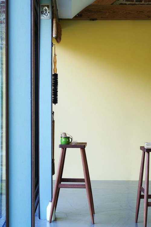 7-trendy-interior-color-spring-2017-farrow-and-ball-hay-yellow-wall