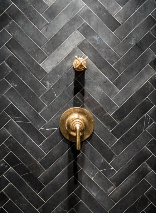 8-golden-elements-gold-in-interior-design-loft-style-shower-fixtures