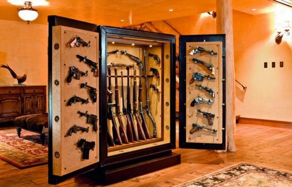 8-gun-room-hunters-room-interior-design-safe-gun-storage