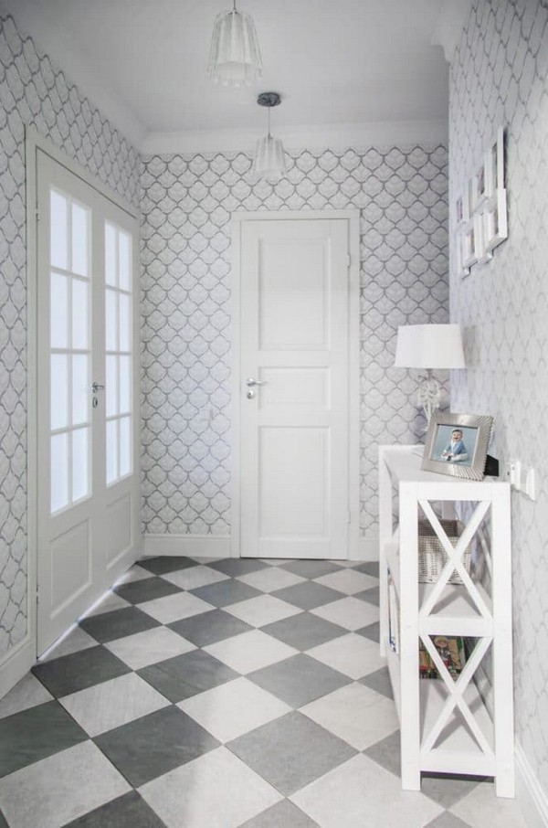 8-pastel-lilac-and-beige-interior-design-entrance-hall-entry-white-doors-traditional-neo-classical-style