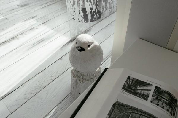 8-white-aged-vintage-oak-ebony-floor-Lualdi Porte-glass-sliding-door