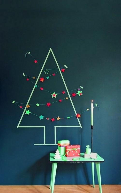 9-diy-hand-made-wall-christmas-tree-threads-chalkboard-wall