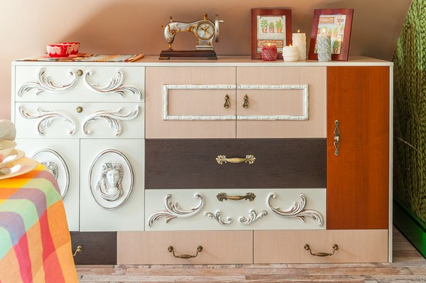 9-hand-made-russian-provence-style-chest-of-drawers-mismatched-knobs-polyurethane-moldings-retro-vintage