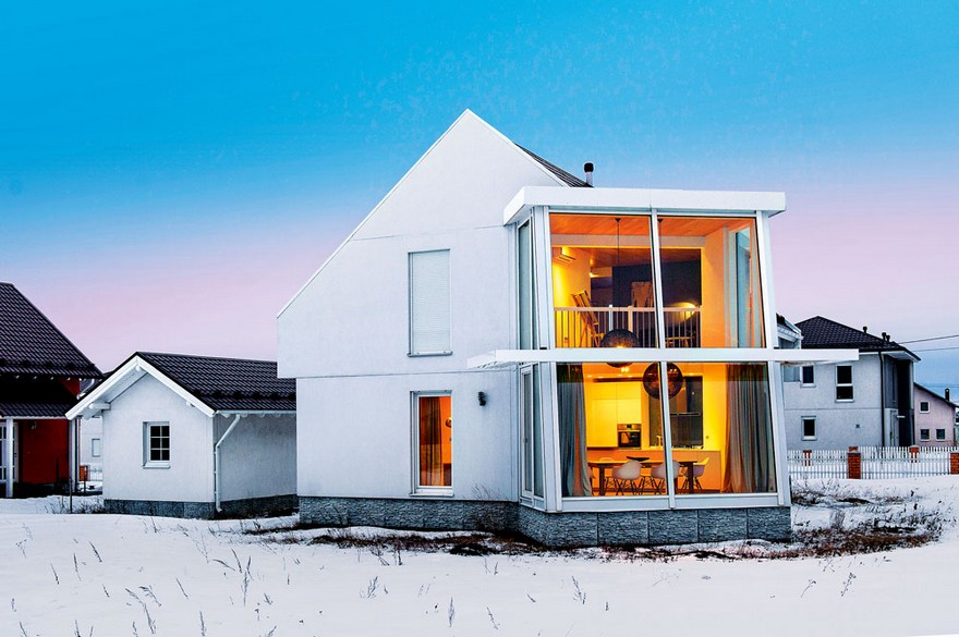 0-white-two-floor-house-face-exterior-with-big-panoramic-windows