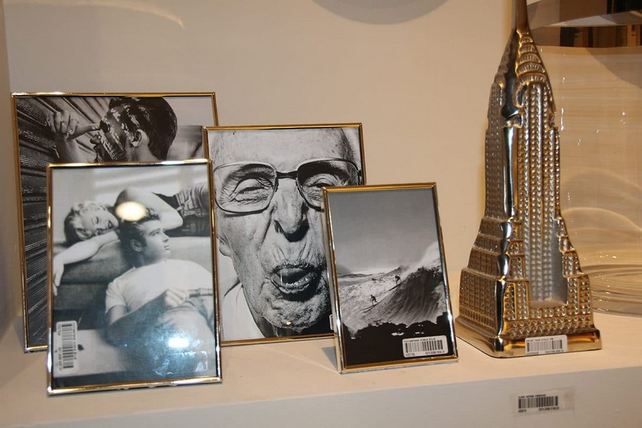 1-Flamant-photo-frames-tower-figurine-home-decor-interior-accessories-at-Maison-&-Objet-2017-exhibition-trade-fair