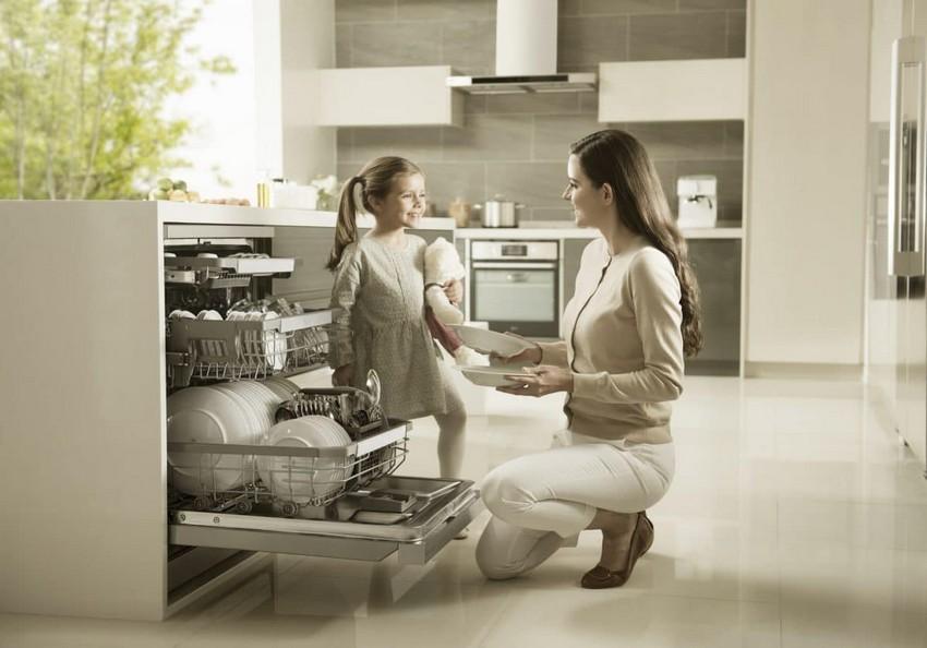 1-LG-True-Steam-dishwasher