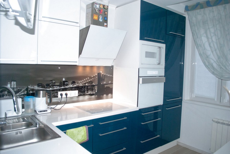 1-blue-aqua-marine-and-white-colour-kitchen-set-small-plastic-corner-interior-design