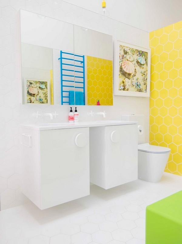 10-cheerful-white-blue-and-yellow-bathroom-interior-design