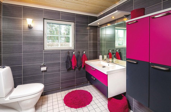 11-dark-gray-Scandinavian-style-interior-design-bathroom-with-a-window-fuchsia-pink-color-accents-shaggy-rug-ceramic-granite-dark-walls-light-floor