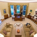 14-Barack-Obama-the-Oval-Office-White-House-interior-design-neo-classical-style