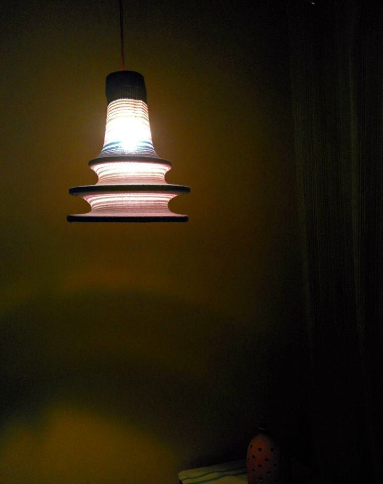 18-DIY-old-sweater-remake-ideas-hand-made-textile-lamp