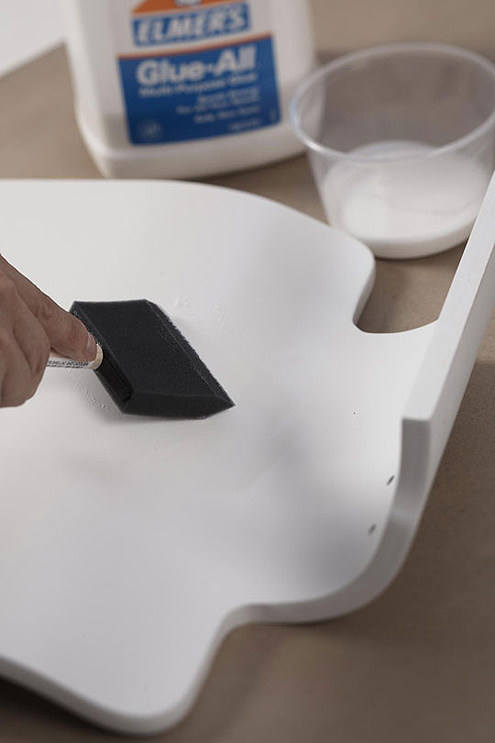 2-DIY-hand-made-decoupage-chair-refreshment-renovation
