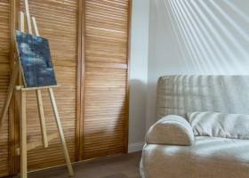 2-windowless-room-interior-design-wardrobe-shutter-doors-LED-band-recessed-lighting