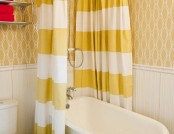 25 Cheerful Yellow Bathroom Interiors
