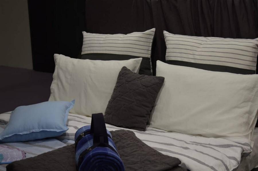 24-heimtextil-2017-home-textile-trade-fair-fabrics-display-planetary-explorations-space-theme-dark-blue-gray-colors-bed-linen