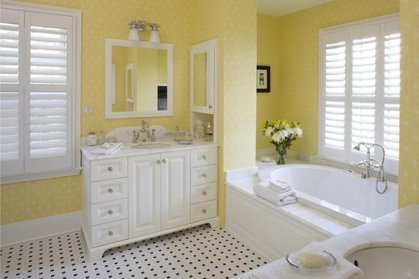 25-cheerful-white-and-pastel-yellow-bathroom-interior-design