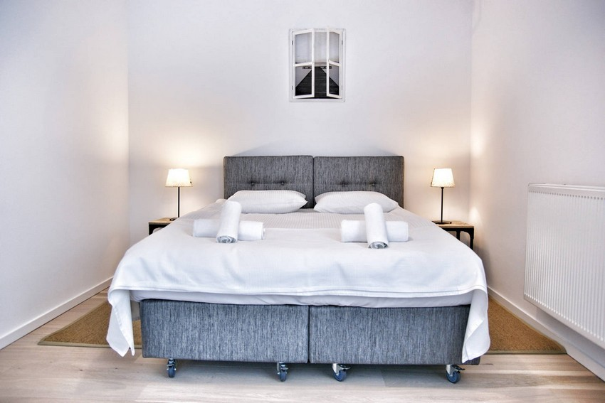 4-1-wheeled-double-bed-twin-bed