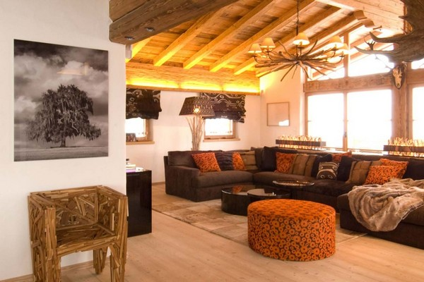 4-chalet-style-wooden-house-lounge-living-room-big-corner-sofa-couch-designer-chair-orange-brown-traditional-style-panoramic-windows-chandelier