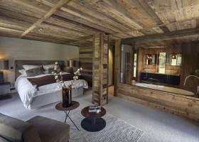 4-contemporary-chalet-style-interior-design-bedroom-glass-wall-bathroom-gray-and-beige