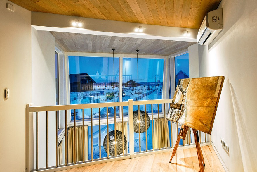 4-white-beige-and-gray-minimalist-Scandinavian-style-house-interior-design-open-to-below-second-floor-panoramic-window-winter-view-aisel