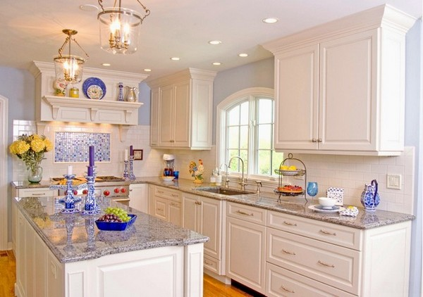 5-white-kitchen-bright-accents-blue-decor