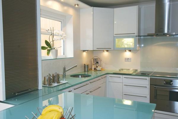 6-glass-kitchen-worktop