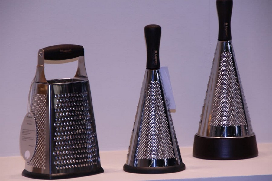 7-Legnoart-luxury-tableware-kitchen-table-settings-design-at-Maison-and-&-Objet-2017-Exhibition-trade-fair-Paris-grater