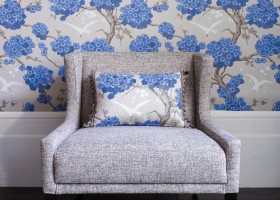 0-Osborne-And-Little-Verdanta-Japonerie-floral-pattern-English-British-style-wallpaper-design-blue-and-white-flowers-cherry-blossom