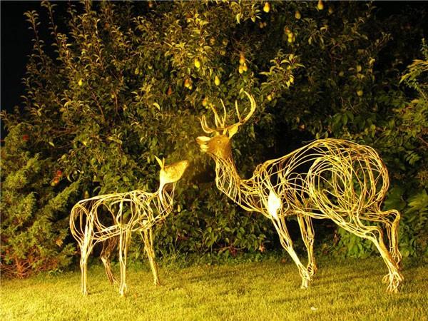 0-Vadim-Kuleshov-Russian-sculptor-metal-garden-sculpture-forged-art-deer