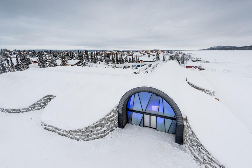 0-icehotel-sweden-entry