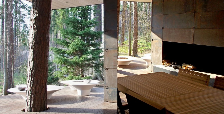 2-bathhouse-sauna-on-open-terrace-with-summer-kitchen-baths-dining-table-stove