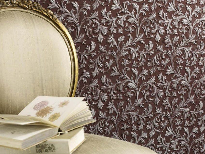 4-lincrusta-classical-style-wall-covering-in-interior-design-silver-patina-purple-background