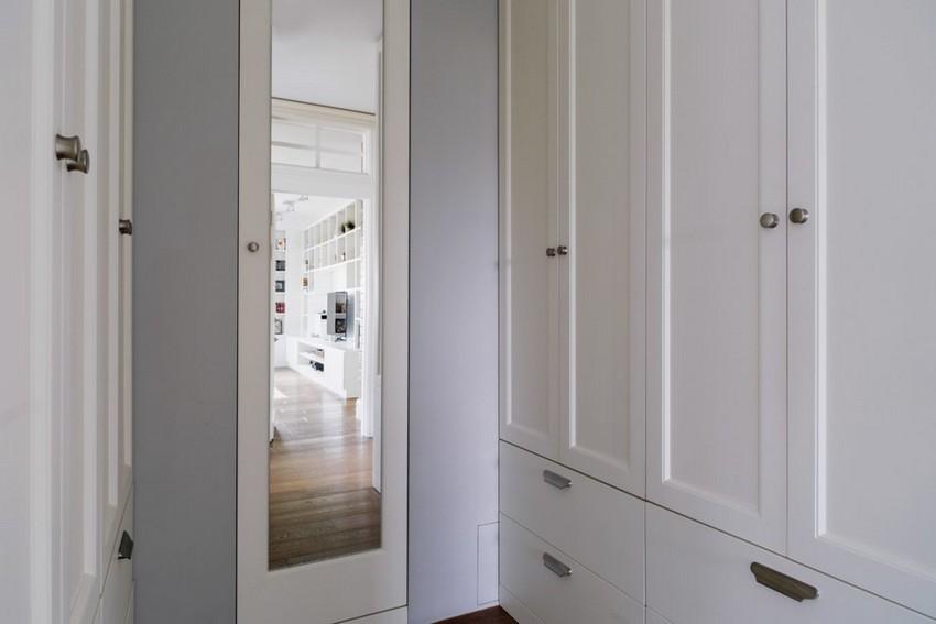 6-6-2-minimalist-style-white-walls-and-gray-apartment-interior-design-walk-in-closet-mirror-wardrobes