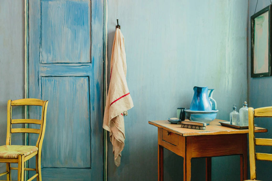 6-vincent-van-gogh-painting-the-bedroom-in-arles-reconstructed-interior-design-copy-in-chicago-blue-walls-lilac-door-jug-yellow-chair