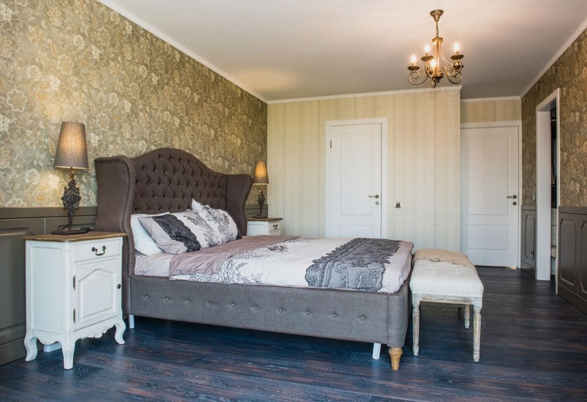 8-white-green-gray-brown-French-style-bedroom-interior-design-floral-wallpaper-upholstered-capitone-bed-headboard-classical-bedside-lamps-tables-ottoman-dark-floor